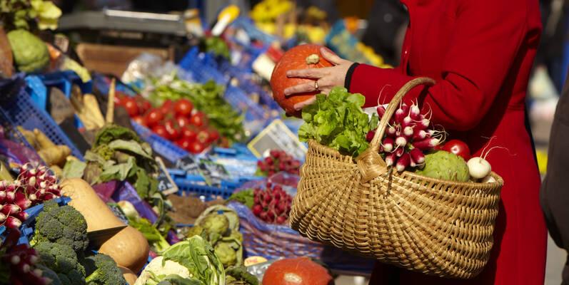 Mercado de Chagny  ©JosyanePiffaut