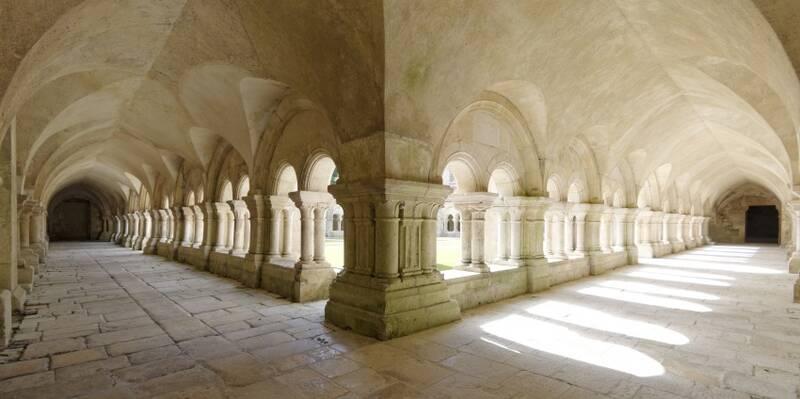 Abadía de Fontenay_Claustro ©Fréderic Dupin