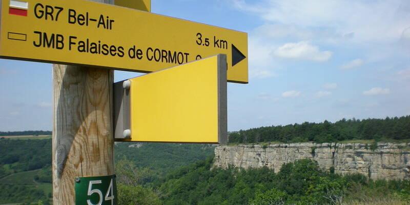 Los acantilados de Cormot ©OTI-P.Gateau