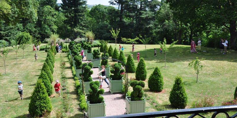 Los jardines del castillo de Couches