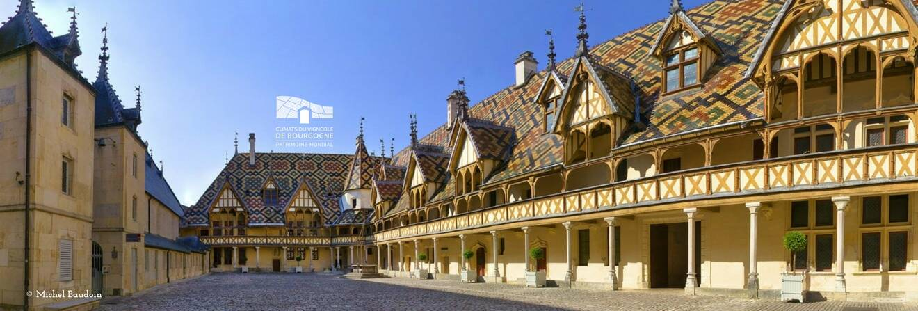 Hospices de Beaune, Hôtel-Dieu, Beaune, Bourgogne © Michel Baudoin